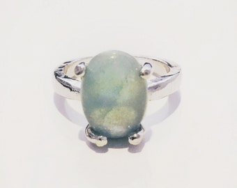 Green semiprecious ring