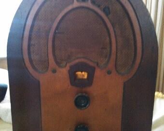 1932 Philco Radio