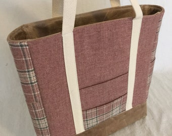 Rose wool and Leather Tote