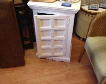 pretty blue and white cupboard