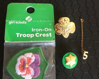 Girls Scouts, pins and patch