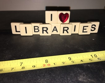 I Heart Libraries Desk Decoration