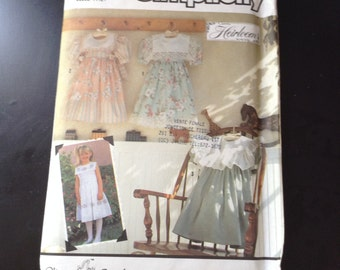 Girls simplicity sewing pattern 7193 by Oliver Goodin romantic ,beautiful party dress