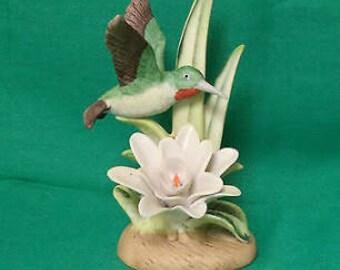 Hummingbird statue Royal Heritage birds in Flight collection
