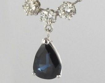 Pendant Sapphire white gold diamonds