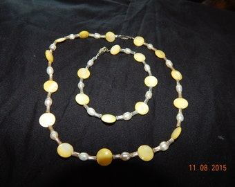 Beaded necklace and bracelet set, yellow and white
