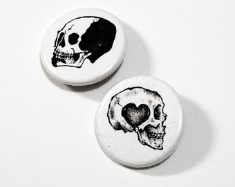 Skull button pin SET // Pinback buttons- Badges - button pin // Free shipping!