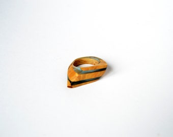Ring - wood and resin