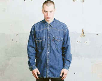 Vintage Levis Denim Shirt . Medium Wash Blue 90s Jean Shirt Long Sleeve Mens Rodeo Shirt Classic Denim Shirt Mens Denim Wear . size XL