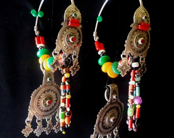 Morocco pairs of temporal ornaments / earrings, Silver, enamel and glass beads. South morocco Tiznit area