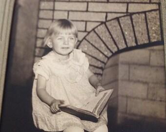 Vintage Girl Photo, Vintage Photography, Vintage Little Girl, Antique Photo, Vintage Child Photo