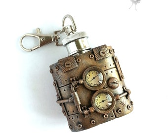 Steampunk Flask 1oz, Stainless Steel Flask, Key Chain Flask, Mini flask, Keychain flask, Steampunk Gift for man, Victorian style, Bronze