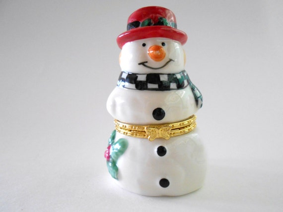 Vintage Christmas Trinket Box Snowman Hinged Keepsake Box Porcelain Jewelry Trinket Box Holiday Gift Exchange Hostess Gift Stoking Stuffer