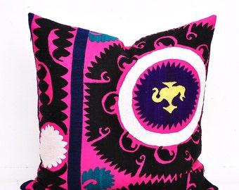 Suzani Pillow Cover-Suzani Pillow -Suzani Pillows-Suzani Cushion-Suzani Embroidery-Designer Suzani Pillow-Vintage Suzani pillow