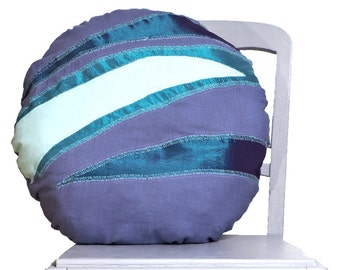 Cushion round blue patchwork