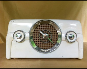 "Vintage Crosley Radio....Model 10-135 ""Dashboard"" White Bakelite Tube Radio"