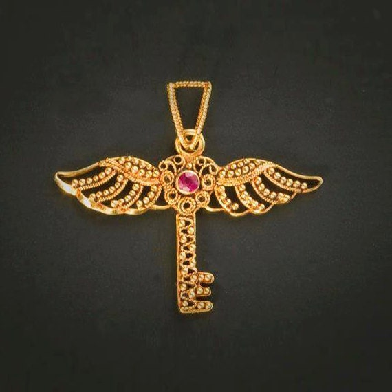 Vintage Solid 22k Gold Ruby Gemstone Necklace Earring: 22K Gold Winged Heart Key Pendant With Ruby Gold Key Pendant