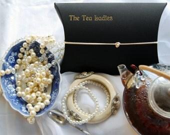 Tea for Lovers - Lady Lavender's Golden Lover