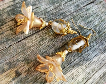 Ivory  and Gold Hand Painted Lucite Flower Hand Made Bead Earrings