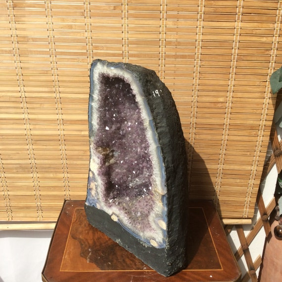 the giant natural amethyst stone 19 8 kg 43 6 lbs large size amethyst geode cathedral from. Black Bedroom Furniture Sets. Home Design Ideas