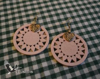 Wooden round Rebe earrings
