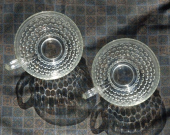 2 Vintage Punch Cups with Raised Polka-dots - 50s 60s Glass Tea Cups with Handle - Perfect Condition