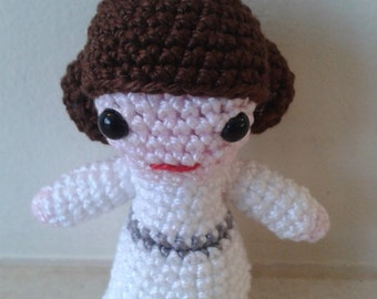 Princess Leia Star Wars Amigurumi Figure or Keyring / Bag Charm