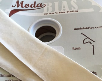 """MODA, Quilter's BIAS BINDING, Marble Sweet off White, 2 1/2"""" Wide"""