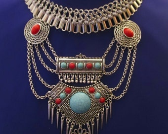 SALE ** Native American Silver and Turquoise Tribal bib necklace