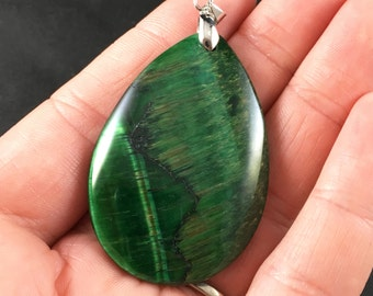 Green Tiger's Eye or Tiger Iron Stone Pendant Necklace
