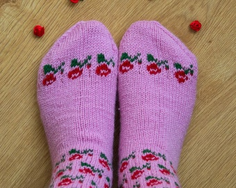 Tender Blossom Socks. Womens socks. Hand knit socks.