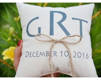 Ring bearer pillow, Personalized wedding pillow,Initials Wedding ring pillow ,personalized ring pillow, wedding pillow, ring holder (R26)