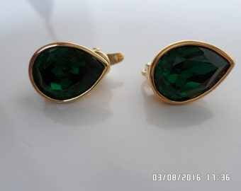 Earrings, Vintage, Trifari TM, Brilliant Emerald Green, Pear Shape, Golden Setting