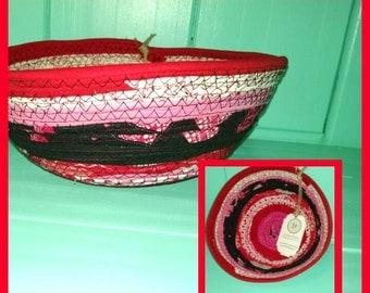 Red Hot Love Bowl in Black