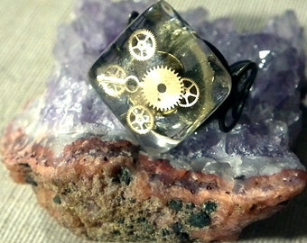 Steampunk ring  made of black filigran, resin and gears b9fv-015