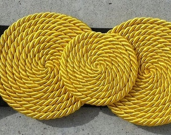 Yellow elastic silk lace sash belt.