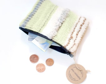 Accessory zipper bag, Green pouch, Handwoven wallet, Woven coin purse for her, Gifts for her, Small money pouch, Loomed pouch, Zipper bag