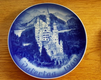 Father's Day 1969 Neuschwanstein Castle Porcelain Collector Plate by Bareuther in Bavaria Germany