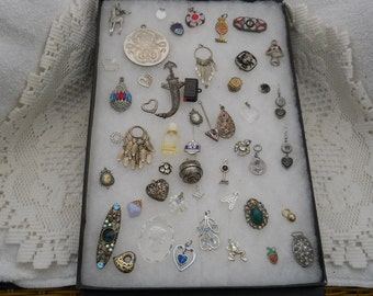 Vintage Jewelry Lot Pins Pendants Earrings For Crafts #492
