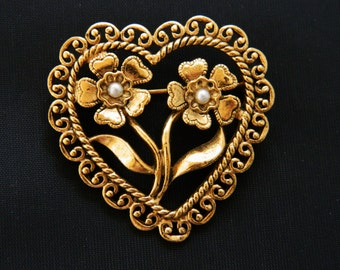 Vintage Heart Flower Brooch Valentine Faux Pearl Coat Sweater Pin Gold Tone Free Shipping 1.5""
