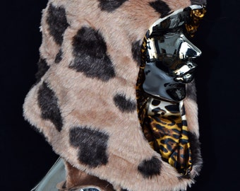 Fur hood, leopard
