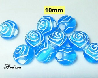 10 acrylic rose beads 10mm white blue (K650. 2)