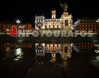 Photograph of the largest square of Valladolid, Spain