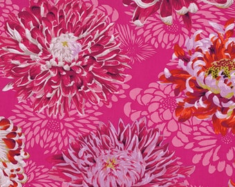 Floating Mums - Magenta by Philip Jacobs for Rowan and the Kaffe Collective PJ056