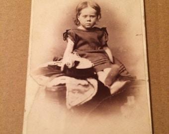 Victorian Carte de visite of a cute little girl