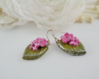 Floral clay earrings,Pink green earrings,Polymer clay earring,clay flowers leaves,Green leaves earrings,Nature earrings,Gift for girl