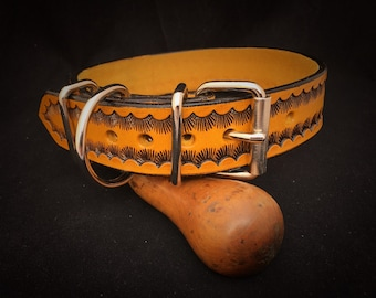 PERSONALIZED LEATHER COLLAR // Made from cowhide // Personalised leather dog collar // High quality dog collar // multicolored