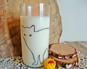 Wine bottle candle. Painted cat candle. Upcycled wine bottle. Palm wax candle. Scented candle. Handmade candle. Vegan candle. Organic candle