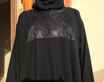 Subtly Classic Lace Abaayah