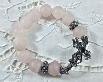 Pale Pink Frosted Glass Bead Bracelet